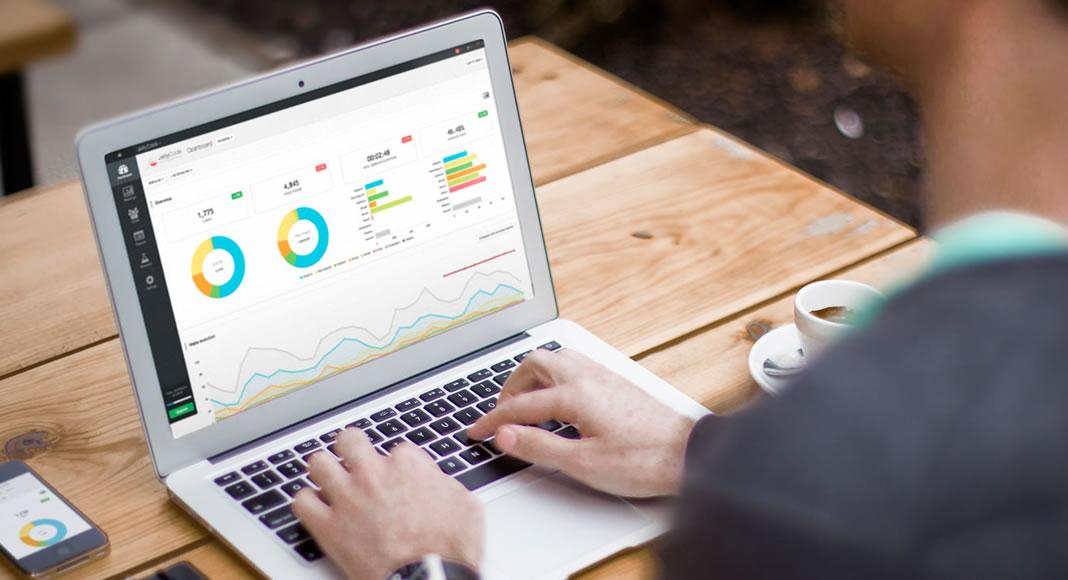 Especialização em marketing digital. Veja quais são os caminhos para se tornar um especialista em marketing digital.